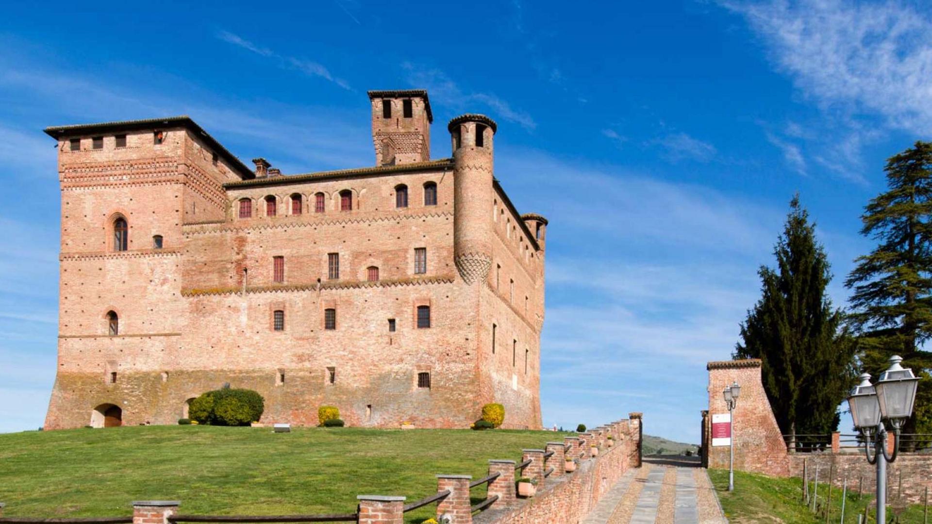 AL CASTELLO | Piemonte Italia