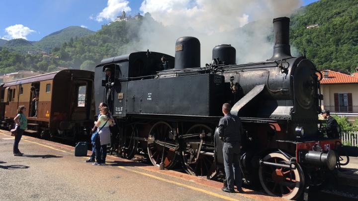 Treno storico Novara-Varallo